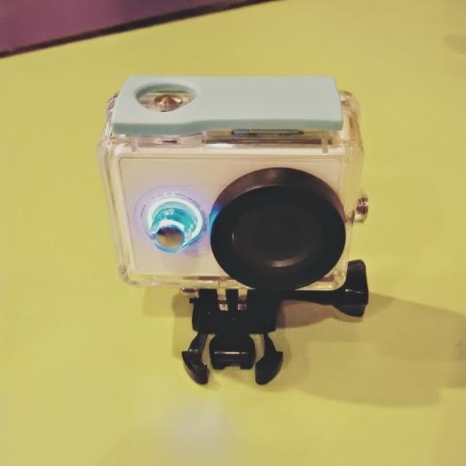 Tampilan keren dari waterproof xiaomi yi camera action...
