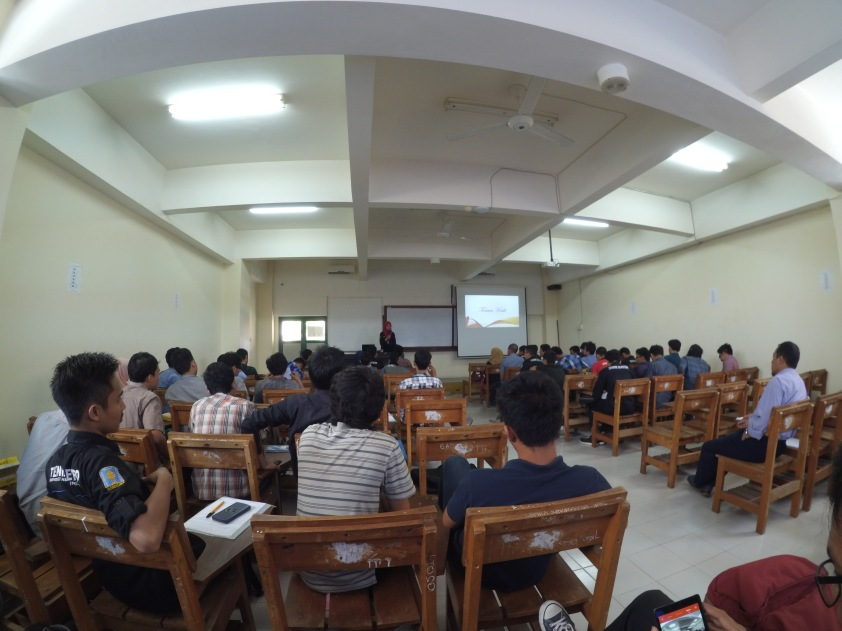 hasil jepretan yi camera action didalam ruangan kelas...